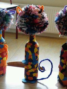 Lapjeskat van fles, pompoen, chenille draad - knutselidee - dierenweek - thema dieren - huisdieren