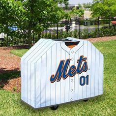 Combining two of our favorite things. Grilling and Mets! #mets #baseball #sports