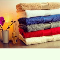 Zena advices you to change your towels soon.. Your towel not only cleans your body and soaks water it collects dead skin and also stimulates growth of mold or fungus as it is damp and warm and full of moisture. It threatens to transfer bacteria onto you. For example towel reintroduce germs from a prior infection or illness. This is why we advice not sharing towels and laundering it on regular basis. So if you use your towel for ten straight days you have ten days worth of exfoliated cells on…