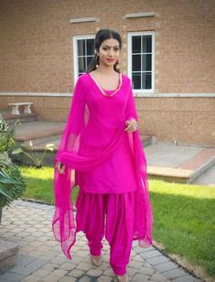 #salwarsuit #salwarsuits #SalwarSuitOnline #salwarsuitmaterial #salwarsuitspartywear #salwarsuitneckdesigns Punjabi Dress, Punjabi Suits, Pakistani Dresses, Patiala Suit, Salwar Kameez, Kurti, Salwar Suit Neck Designs, Suits For Women, Women Wear