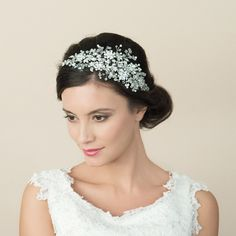 Bliss crystal bridal headpiece by Ivory and Co Shining sprays, leaves and floral decorations twist and unfurl in this heavily embellished crystal bridal headpiece. Bridal Tiara, Headpiece Wedding, Bridal Headpieces, Bridal Headbands, Wedding Veils, Wedding Bride, Wedding Reception, Rustic Wedding, Top Wedding Trends