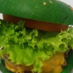 Está curioso quanto ao sabor do A Burger? Mande mensagem com seu nome completo e telefone de contato que enviaremos uma surpresa... Até 9/12 encaminhe e concorra.... Vamos querer fotos e comentários! Entregas somente em 9/12 então corra!!! #artesanalburger #aburger #vilavalqueire #pracaseca #bentoribeiro #cascadura #madureira #sulacap #oswaldocruz