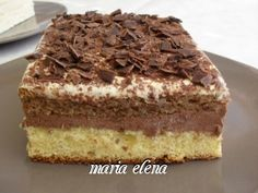 Reteta culinara Desert prajitura Maria-Elena din categoria Prajituri. Specific Romania. Cum sa faci Desert prajitura Maria-Elena Summer Desserts, No Bake Desserts, Easy Desserts, Delicious Desserts, Sweet Recipes, Cake Recipes, Dessert Recipes, Romania Food, Romanian Desserts