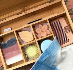 Perfect for travelling or trialling the plastic-free life, this smart Bamboo Bento contains durable, beautiful, organic and ethically-made alternatives for personal care needs! Lovely shaped shampoo, conditioner, soap and more nestle into each section of the Bento, leaving spare room #wastefreeliving