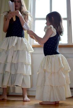 Schnittmuster Flamenco-Kleid für Mädchen - Erbsenprinzessin Blog Chiffon, Tulle, Ballet Skirt, Skirts, Easy, Blog, Princess Dress Up, Flamenco Dresses, Dress Patterns Girls