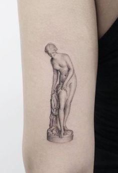 Inspiring Summer Tattoo Ideas - Game of Spoons pretty tattoos Inspiring Summer Tattoo Ideas - Game of Spoons Pretty Tattoos, Beautiful Tattoos, Cool Tattoos, Awesome Tattoos, Tatoos, Art Tattoos, Statue Tattoo, Tattoo Roman, Sommer Tattoo
