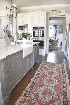 10 Tips on How to Build the Ultimate Farmhouse Kitchen Design Ideas Love the ideas! Check the website for more farmhouse kitchen design. Farmhouse Kitchen Cabinets, Painting Kitchen Cabinets, Kitchen Cabinet Design, Kitchen Redo, New Kitchen, Awesome Kitchen, Cheap Kitchen, Kitchen Layout, Kitchen White