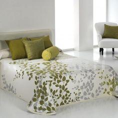 Kids Beds For Boys, Kid Beds, Linen Bedroom, Bedroom Decor, Bed Covers, Duvet Cover Sets, Draps Design, Designer Bed Sheets, Bedspreads Comforters