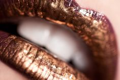 gold-lips