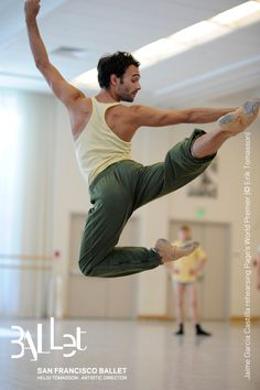 Jaime Garcia Castilla rehearsing Page's World Premiere (© Erik Tomasson)