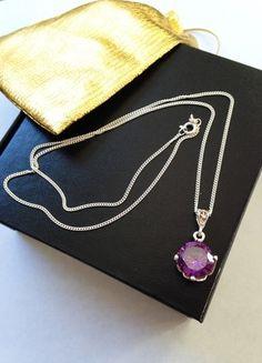 Kaufe meinen Artikel bei #Kleiderkreisel http://www.kleiderkreisel.de/accessoires/ketten-and-anhanger/106088372-anhanger-mit-kette-925er-echtsilber-mit-violettem-zirkonia