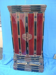 Antique Japanese Buddhist Butsudan Lacquer Shrine - Spirit House, Buddha vintage (usually place a Buddha inside, etc.)