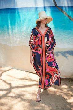 Fashion 2020, Runway Fashion, Fashion Show, Fashion Design, Women's Fashion, Trina Turk, Vogue, Recycled Dress, Silhouette
