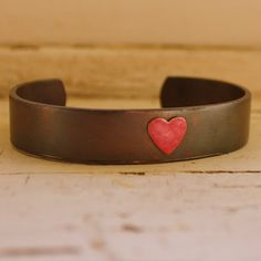 Pink Sweetheart Cuff Bracelet, https://www.goodsmiths.com/vday-gift-guide?utm_source=rightnav_medium=navlink_campaign=gsvalentine