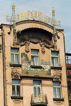 Art Nouveau Hotel Prague 643896_447959135262292_295325439_n.jpg (399×598)