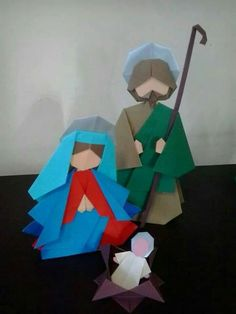 I'm a little disturbed that it looks like they are in a South Park episode. Origami Nativity, Nativity Crafts, Holiday Crafts, Christmas Nativity Scene, Noel Christmas, Christmas Paper, Idees Cate, Bible Story Crafts, Diy And Crafts