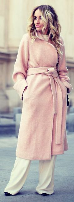 """H&M White Wide Legs Pants// love this look, isn't it rather """"retro"""" with the wide leg pants and long coat?"""