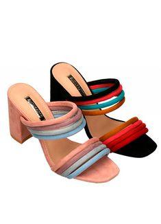 Zapatos elegantes y cómodos al mismo tiempo, pues no son tan díficiles de llevar como los stilettos o las plataformas, tienen un tacón moderado que hace lucir las piernas geniales.   ¡Son unas sandalias ideales que aportarán diversión a tu look!  Sandalia tipo zueco con tacón cuadrado muy cómodo. Destacan las dos palas en multitira de colores pastel.   Altura del tacón 8 cm Stilettos, Slip On, Fashion, Shoes Sandals, Zapatos, Pastel Colours, Wedges, Clouds, Legs