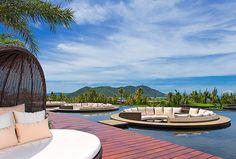 Follow Us Around the Hotels in Sanya! (15-3) Westin Blue Bay Resort – Lobby Lounge
