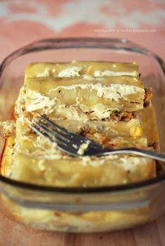 Moje Dietetyczne Fanaberie: Cannelloni z kurczakiem i pieczarkami Tasty, Yummy Food, Apple Pie, Lasagna, Curry, Ethnic Recipes, Desserts, Blog, Delicious Food
