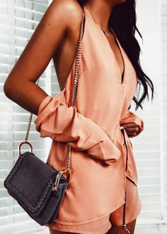 when just gets better and better 🙌🏽 the peach zana playsuit = never want to take it off 🐚 Street Style Trends, Cool Street Fashion, I Love Fashion, Sabo Skirt, Summer Hats, Complete Outfits, Playsuit, Latest Fashion Trends, Summer Outfits