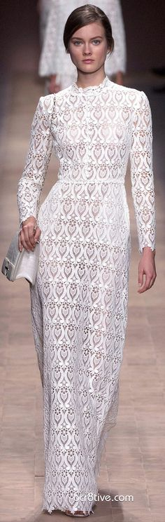 Valentino Spring Summer 2013 Ready To Wear Collection - Evening Gown. Even though this dress looks more like lace than crochet I love a print/pattern