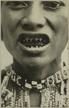 The Bagobo tribe in Mindanao file and blacken their teeth for 'aesthetic' purposes. Filipino Art, Filipino Culture, Filipino Tattoos, Filipino Tribal, We Are The World, People Of The World, Old Photos, Vintage Photos, Philippines Culture