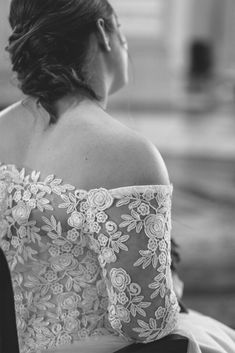 Socially Distanced Covid 19 Wedding Ceremony at City Hall Dublin Tea Length Wedding Dress, Wedding Dresses, Dublin City, Wedding Ceremony, That Look, Bride Dresses, Bridal Gowns, Weeding Dresses, Wedding Dressses