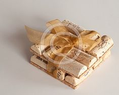 Wine Cork Coaster AZWINEGROUP http://www.amazon.com/dp/B00YO5CQN6/ref=cm_sw_r_pi_dp_8boCvb092EWGC