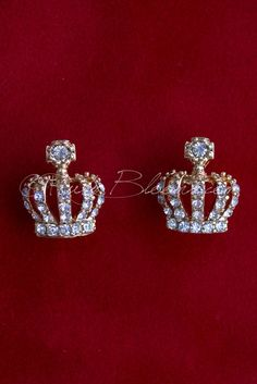 Ruby Blooms is pleased to offer you Timeless, Luxury and Feminine Style - Crystal Gold Crown wedding / bridal earrings. Charming, elegant sparkling jewelry accessory for your Royal Wedding, Special Ev