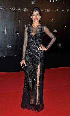 Cannes Film Festival 2012: Freida Pinto dazzled in Versace.