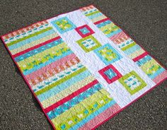 Modern Whimsy Quilt by kelbysews on Etsy. Would make a quick, cute baby quilt. Jellyroll Quilts, Scrappy Quilts, Easy Quilts, Small Quilts, Quilt Baby, Baby Quilt Patterns, Quilting Patterns, Quilting Ideas, Baby Quilt Tutorials