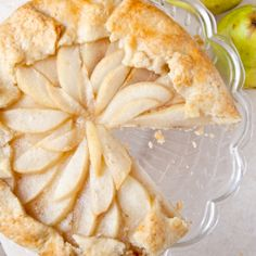 Honey Pear Galette, can't wait to bake this! Perfect for fall dinner parties. Just Desserts, Delicious Desserts, Dessert Recipes, Pastries Recipes, Pear Recipes, Sweet Recipes, Pear Pie, Pear Tart, Breakfast Pastries