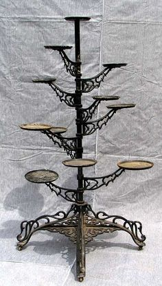 Plant Stands diy plant stand plans Your Mattress – No Piece Of Furniture Impacts You More Article Bo Outdoor Metal Plant Stands, Modern Plant Stand, Diy Plant Stand, Indoor Plant Shelves, Indoor Plants, Cast Iron Plant, Vintage Iron, Antique Iron, House Plants Decor