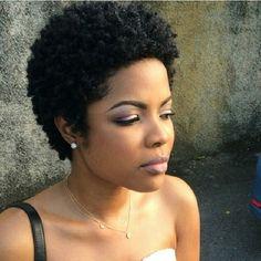 I love her hair!!!! the-luscious-curlbombs:  http://the-luscious-curlbombs.tumblr.com...