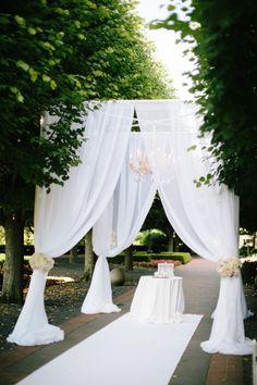 Enchanting ceremony: http://www.stylemepretty.com/illinois-weddings/chicago/2014/12/15/chicago-botanic-garden-wedding-2/   Photography: Jenelle Kapp - http://www.jenellekappeweddings.com/
