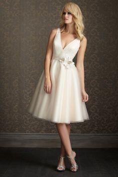 V Neck Straps Ivory Organza Knee Length Wedding Dresses Have Handmade Flower USD 96.79 BPPB2KQSM7 - BrandPromDresses.com