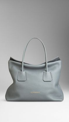 Medium Leather Tote Bag | Burberry #armcandy