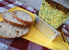 Pasztet z Cukinii. Guacamole, Banana Bread, Curry, Ethnic Recipes, Desserts, Food, Meal, Deserts, Essen