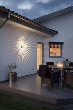 Konstsmide Monza Round Fan Style Up Down Outdoor Wall Light/ LED High Power 1 x 3 Watt LED Wall Lamp/ Clear Glass Lens/ Solid Aluminium/ Outside Light Copper Anodised Led Wall Lamp, Wall Sconces, Cozy Living Rooms, Living Room Decor, Modern Wall, Modern Decor, Modern Farmhouse Exterior, Wall Lantern, Outdoor Walls