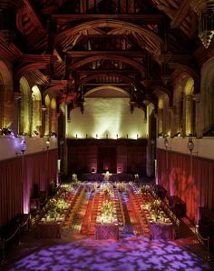 The Great Hall at Eltham Palace set up for a festive banquet.  I imagine it would look something like this when King Henry IV and Queen joanna spent Christmas and Twelfth Night there.