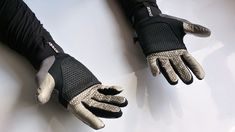 Style Tech We Like – Battery Loose, Self Heating Gloves and Insoles - https://warriorsplanet.com/style-tech-we-like-battery-loose-self-heating-gloves-and-insoles/