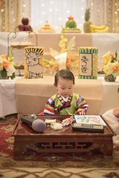 20 Ideas Baby Boy Korean First Birthdays One Year Birthday, Girl First Birthday, Baby Birthday, First Birthday Parties, First Birthday Traditions, Korean Birthday, 100 Day Celebration, Happy Party, 1st Birthdays