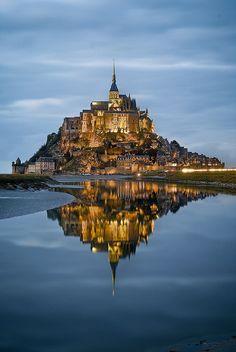 C'est Saint Michael château dans la Normandie. Je t'aime aller et visite.