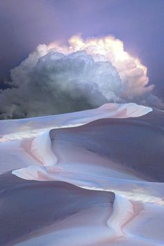 Clouds in the sky over sand dunes Amazing Nature Photos, Beautiful Pictures, Nature Pictures, All Nature, Science Nature, Beautiful World, Beautiful Places, Beautiful Cats, Tornados