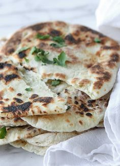 This Indian naan recipe has honey, Greek yogurt, and melted butter — all leading to a soft, moist, amazing flatbread you can make at home! Entree Recipes, Indian Food Recipes, Asian Recipes, New Recipes, Vegetarian Recipes, Cooking Recipes, Favorite Recipes, Recipes With Yeast, Naan Recipe