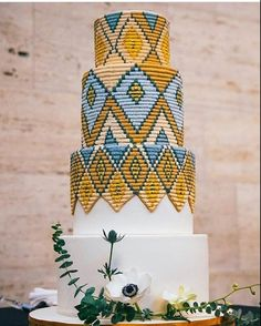 Sweet Heather Anne truly creates magic with her bare hands! Ethiopian basket weaving inspired cake with royal icing! How many of you would love to have this cake on your big day? African Wedding Cakes, African Wedding Theme, Black Wedding Cakes, Beautiful Wedding Cakes, Beautiful Cakes, Amazing Cakes, Basket Weave Cake, Basket Weaving, African Cake
