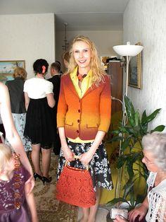 Ravelry: virkkaaja's Fiksu kevätjakku Ravelry, Lace Skirt, Short Dresses, Skirts, Women, Fashion, Short Gowns, Moda, Skirt