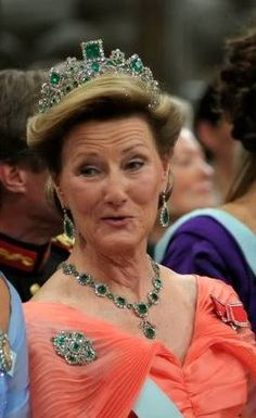Norwegian - Queen Sonja  Queen Sonja wore Empress Joséphine's Emerald Tiara. The wife of Napoleon Bonaparte, Empress Joséphine owned a part of the Emerald Parure of this tiara. Eugene de Beauharnais ( Joséphine's son ) took it to Norway. His daughter Joséphine married to King Oscar I of Sweden. Their great-grand daughter Princess Märtha of Sweden married Crown Prince Olav of Norway in 1929.  Crown Princess Märtha received the tiara as a gift from her parents ( Prince Carl and Princess…