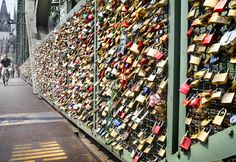 Brooklyn Bridge: Locks of Love